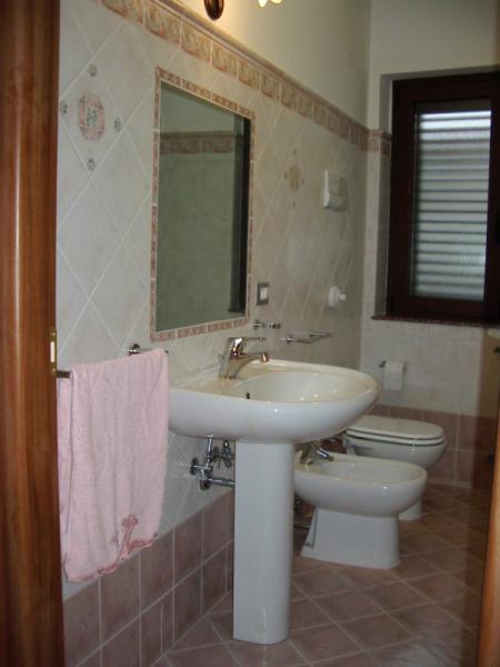 Bagno Affitto Villa  54358 Capo d'Orlando