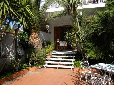 Vista esterna della casa vacanze Affitto Appartamento 54700 Mondello