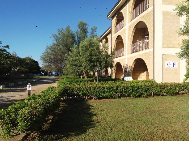 Vista esterna della casa vacanze Affitto Appartamento 54877 Isola di Capo Rizzuto
