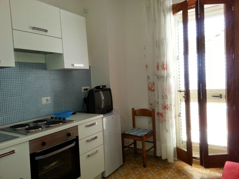 Camera Affitto Monolocale 55748 Isola Rossa