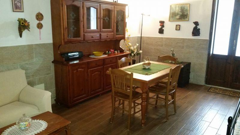 Camera 1 Affitto Monolocale 56253 Palermo