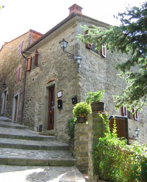 Entrata Affitto Agriturismo 57056 Arezzo