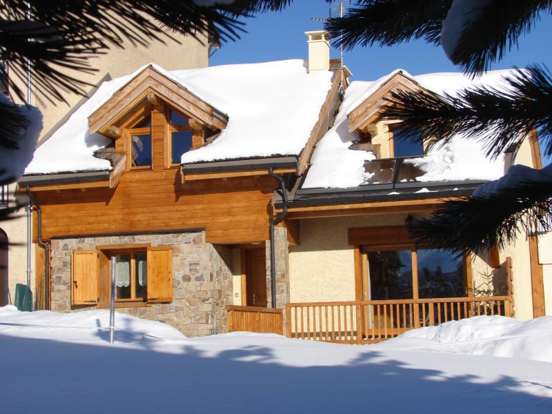 Vista esterna della casa vacanze Affitto Chalet 57805 Monginevro