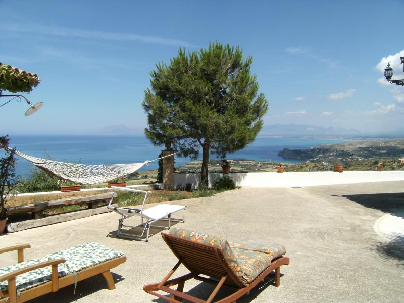 Vista dal terrazzo Affitto Villa  58328 Scopello