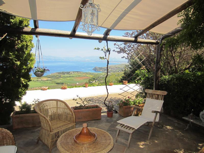 Veranda Affitto Villa  58328 Scopello