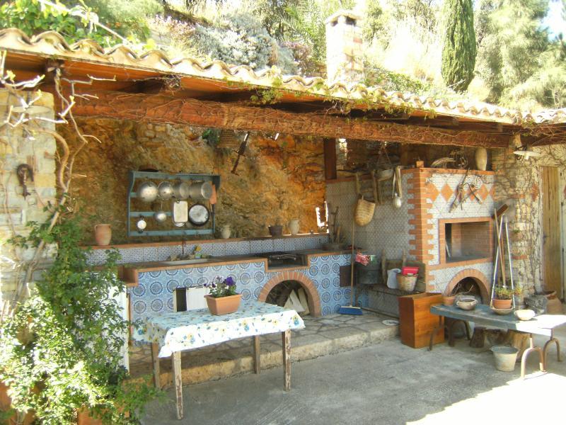 Barbecue Affitto Villa  58328 Scopello