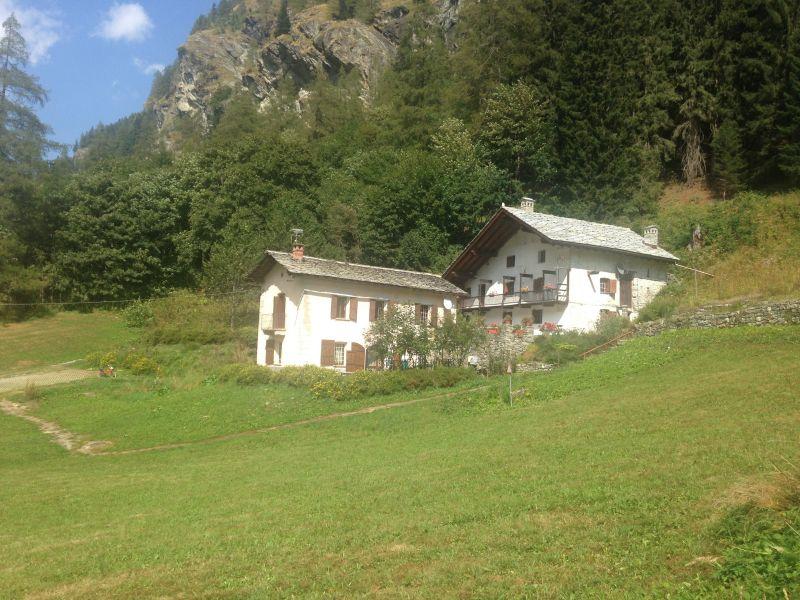 Vista esterna della casa vacanze Affitto Appartamento 58532 Gressoney Saint Jean