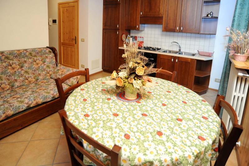 Sala da pranzo Affitto Appartamento 59884 Rimasco