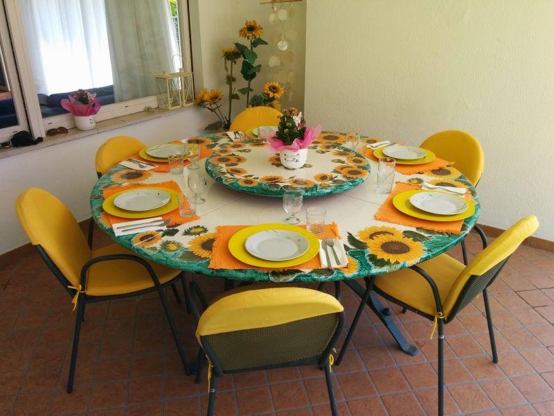 Veranda Affitto Villa  61113 Garda