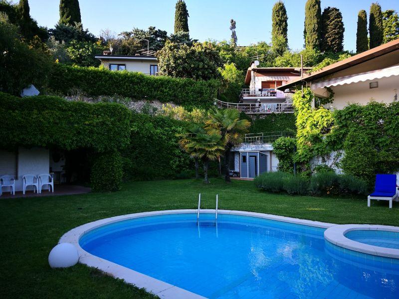 Piscina Affitto Villa  61113 Garda