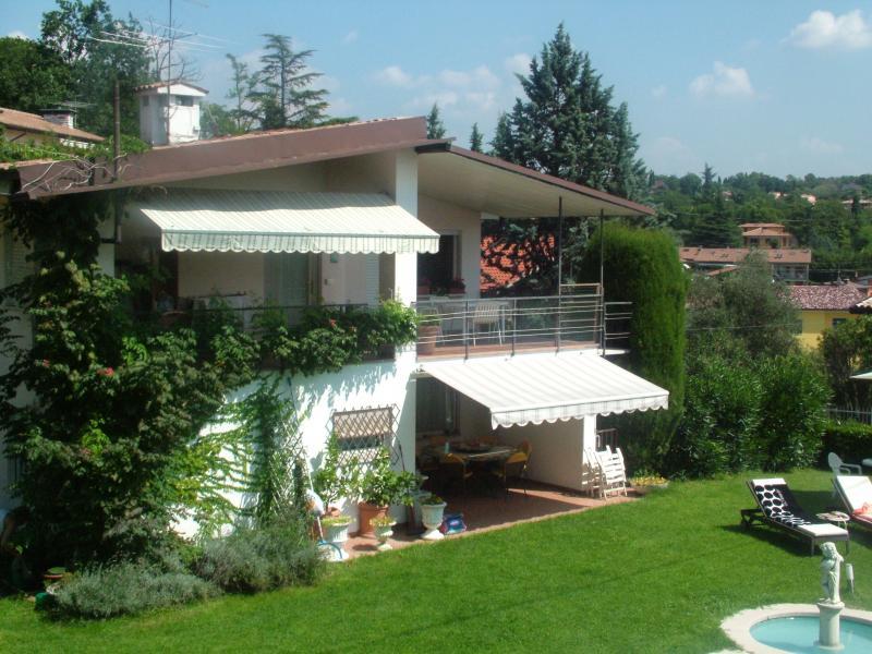 Vista dalla casa vacanze Affitto Villa  61113 Garda
