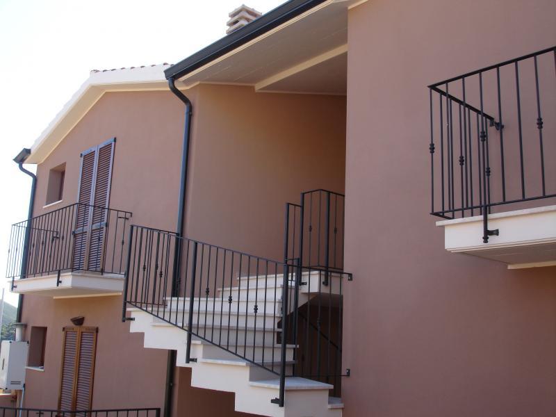 Vista esterna della casa vacanze Affitto Appartamento 61195 Chia