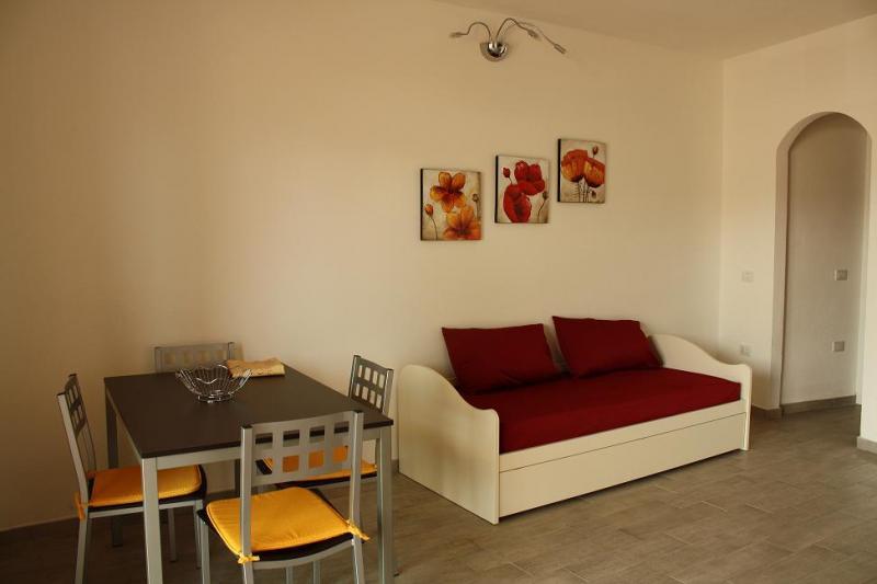 Soggiorno Affitto Appartamento 61212 Isola Rossa