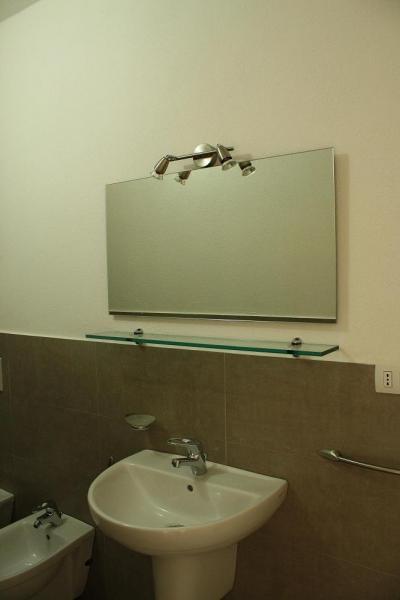 Bagno Affitto Appartamento 61212 Isola Rossa