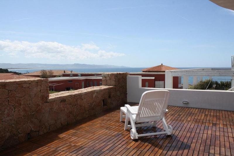 Vista dalla casa vacanze Affitto Appartamento 61212 Isola Rossa
