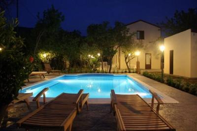 Piscina Affitto Villa  62199 Cefal�
