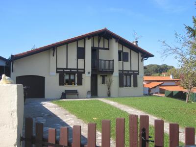 Vista esterna della casa vacanze Affitto Villa  62254 Hendaye