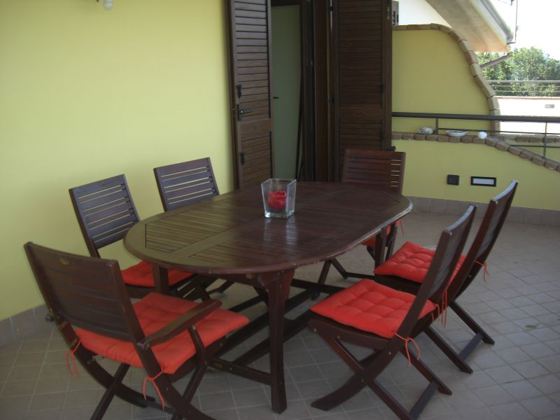 Terrazzo Affitto Appartamento 62782 Pisciotta