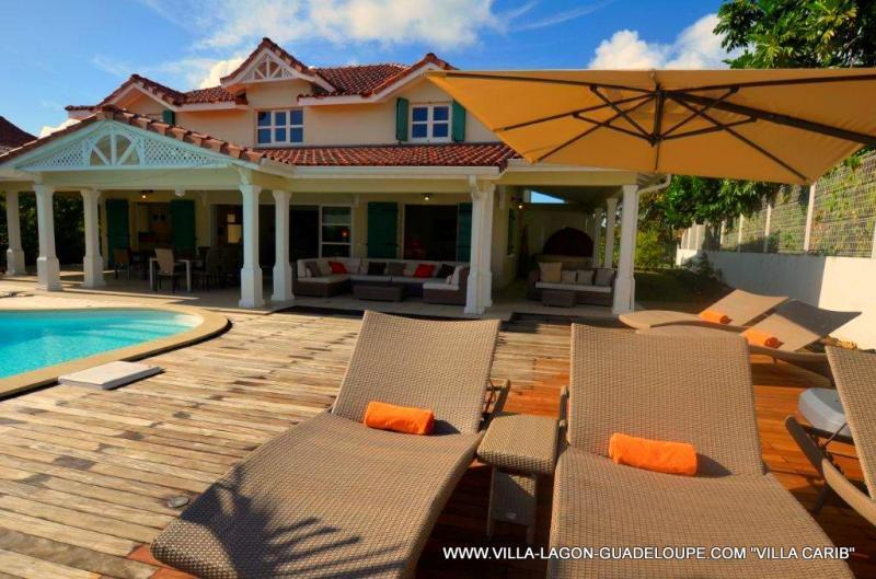Vista esterna della casa vacanze Affitto Villa  8020 Saint Francois