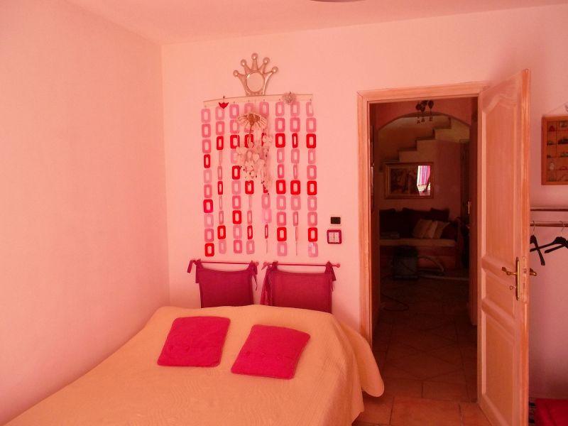 Camera 3 Affitto Villa  8409 Cassis