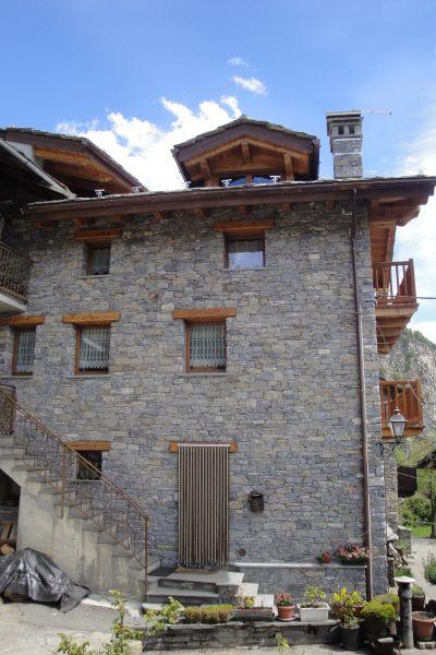 Vista esterna della casa vacanze Affitto Appartamento 104693 La Salle