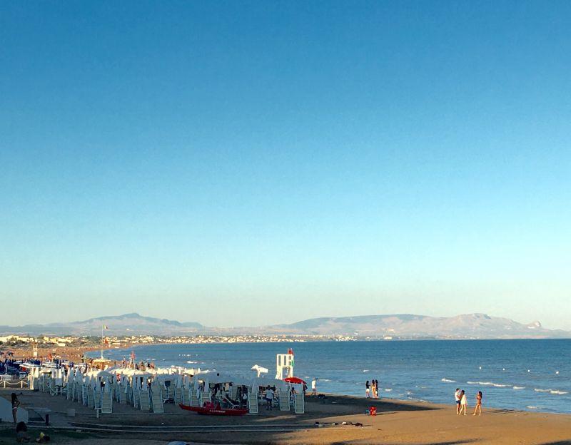 Spiaggia Affitto Villa  105374 Tre Fontane