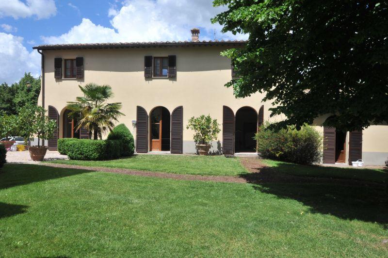 Vista esterna della casa vacanze Affitto Villa  111227 Chianciano Terme