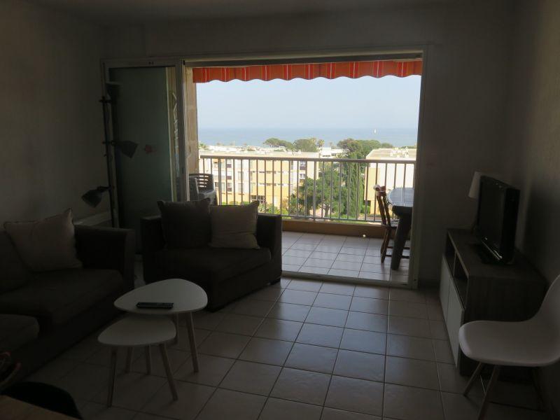 Sala da pranzo Affitto Appartamento 115064 Le Lavandou