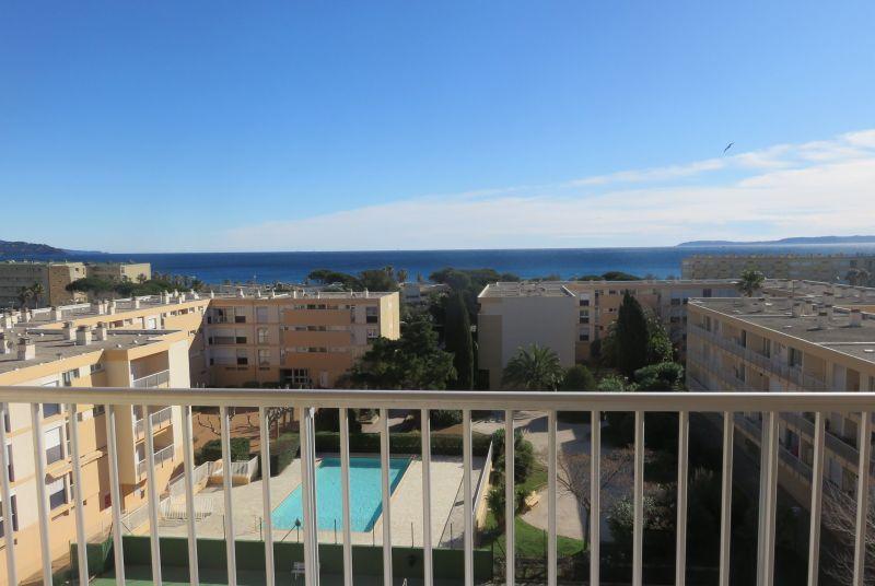 Vista dal balcone Affitto Appartamento 115064 Le Lavandou