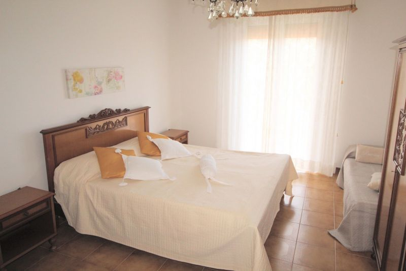 Camera Affitto Appartamento 115818 Diano Marina
