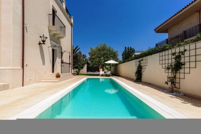 Affitto Villa  116290 Noto