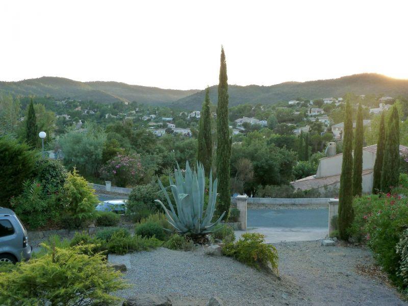 Vista dalla casa vacanze Affitto Villa  119068 Fayence