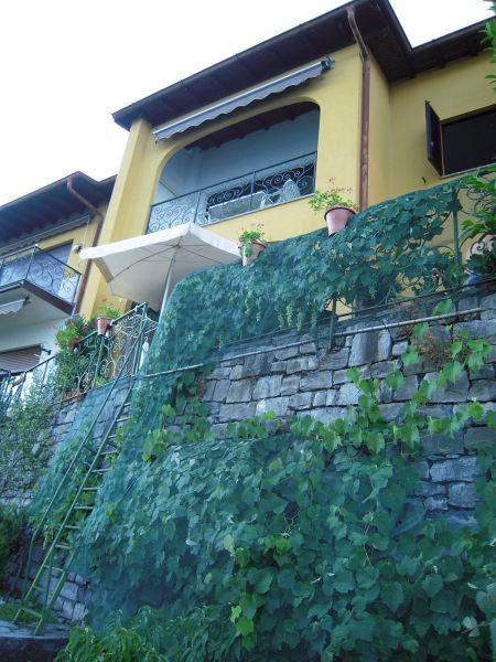 Vista esterna della casa vacanze Affitto Appartamento 108030 Como