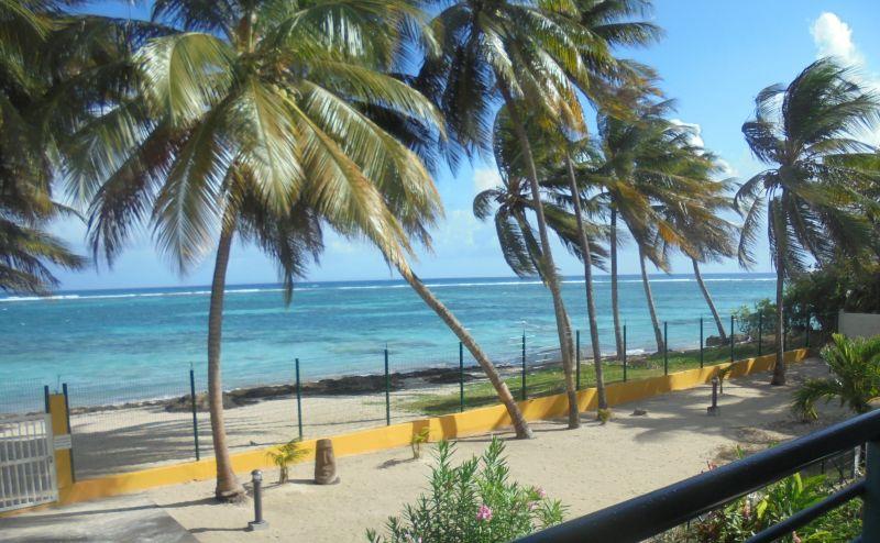 Vista dal terrazzo Affitto Appartamento 108495 Sainte Anne (Guadalupa)