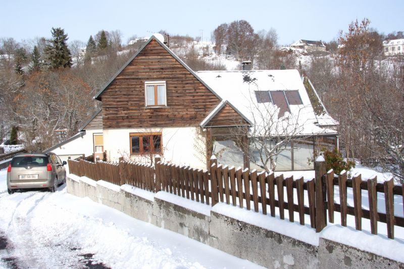 Vista esterna della casa vacanze Affitto Villa  112185 Besse - Super Besse