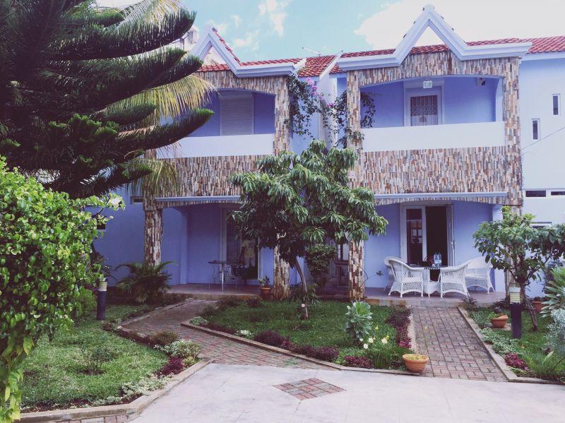 Vista esterna della casa vacanze Affitto Villa  117407 Flic-en-Flac