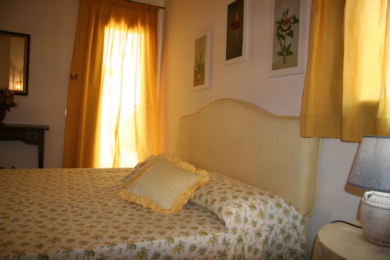 Camera 1 Affitto Villa  117970 Golfo Aranci
