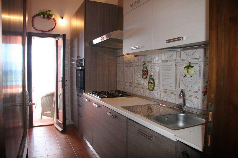 Cucina separata Affitto Villa  117970 Golfo Aranci