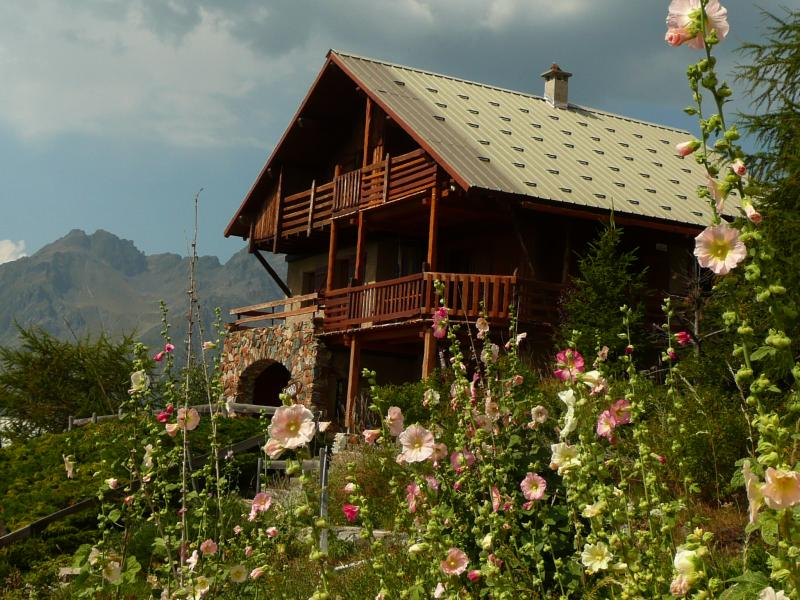 Vista esterna della casa vacanze Affitto Appartamento 67048 Alpe d'Huez