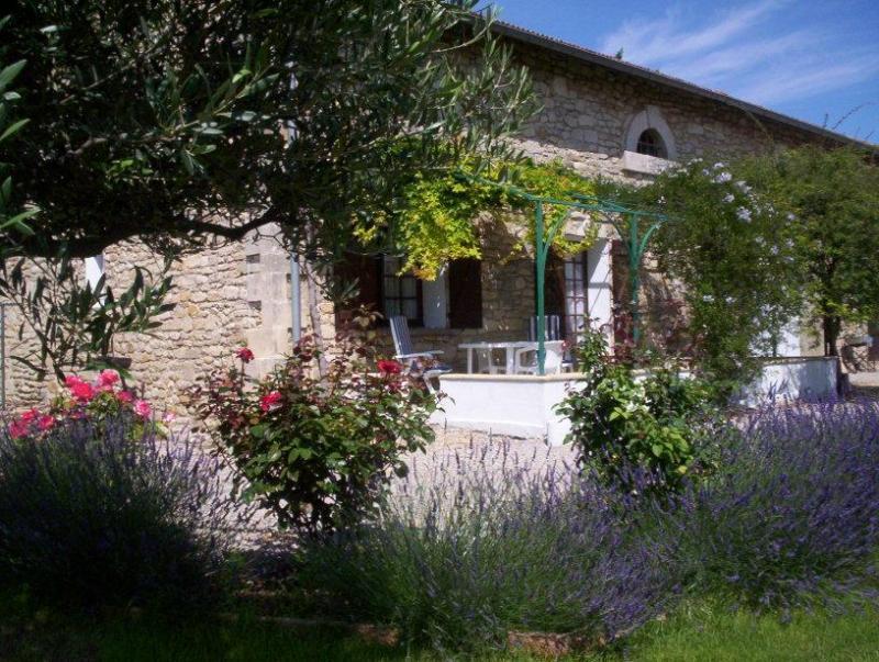 Vista esterna della casa vacanze Affitto Agriturismo 68513 Montpellier