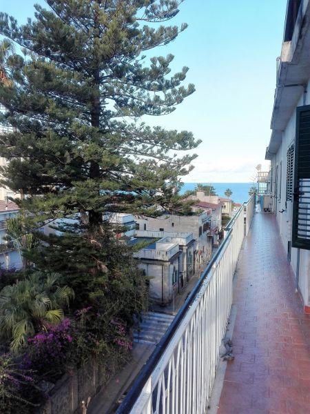 Vista dalla casa vacanze Affitto Appartamento 72629 Tropea