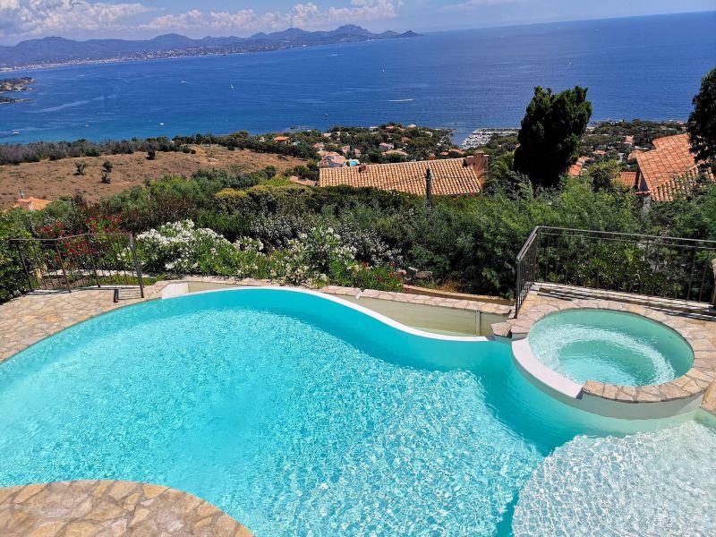 Vista dal terrazzo Affitto Villa  90962 Les Issambres