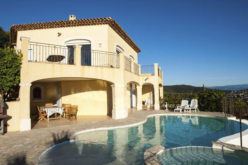 Vista esterna della casa vacanze Affitto Villa  90962 Les Issambres