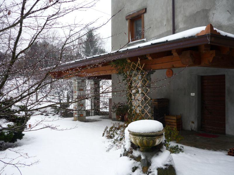 Vista esterna della casa vacanze Affitto Appartamento 103662 Ivrea