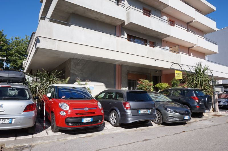 Vista esterna della casa vacanze Affitto Appartamento 107978 Bellaria Igea Marina
