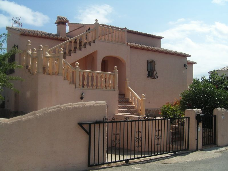 Vista esterna della casa vacanze Affitto Villa  111838 Calpe