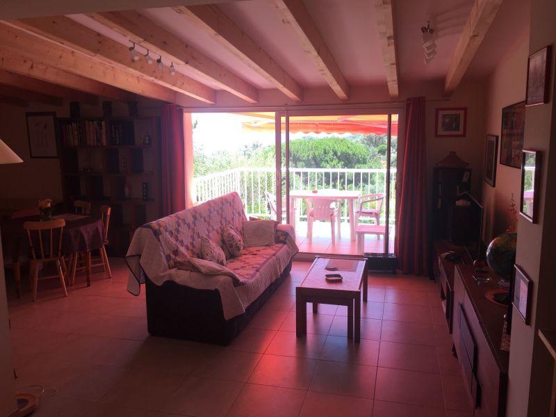 Salotto Affitto Appartamento 116139 Porto Pollo