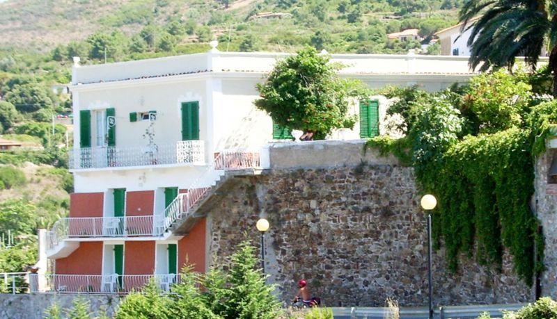 Vista nelle vicinanze Affitto B&B 116473 Capoliveri