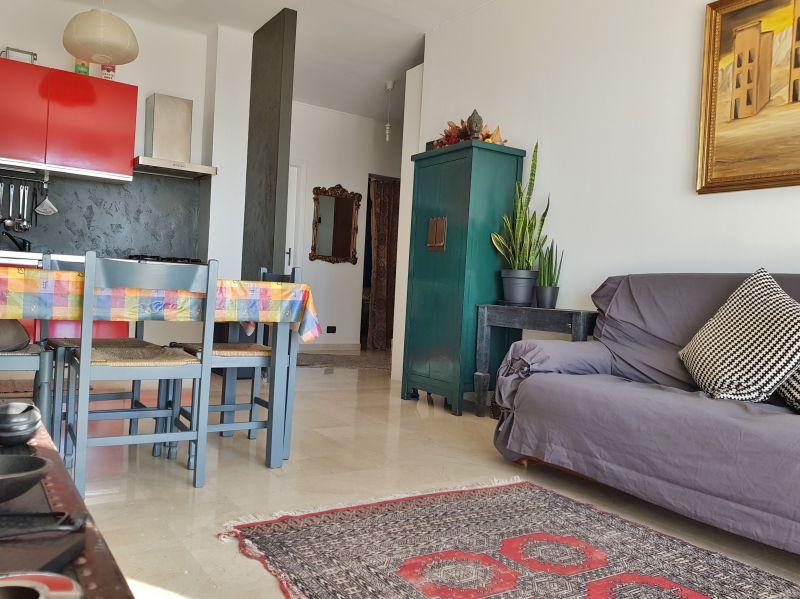 Soggiorno Affitto Appartamento 117780 Vallecrosia