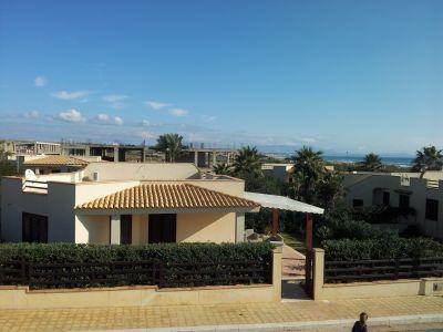 Vista esterna della casa vacanze Affitto Villa  81081 Tre Fontane